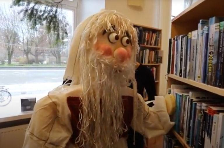 Mitska bića u knjižnici