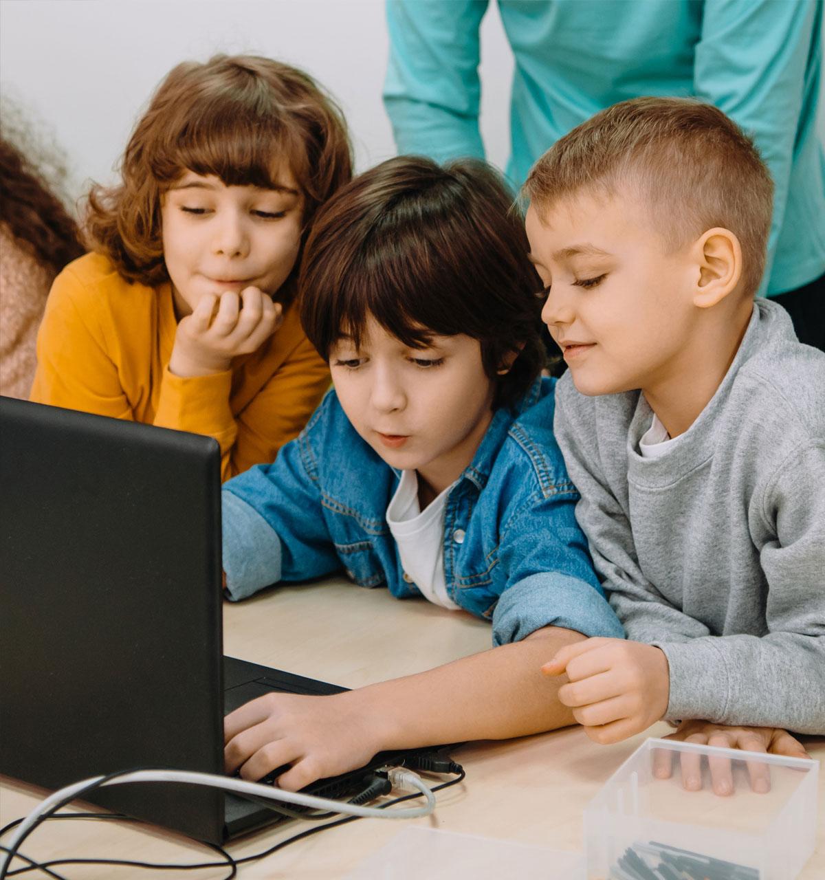 Školarci uče o medijima